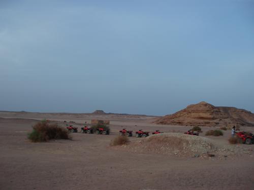 Skymning vid ökensafari i El Gouna